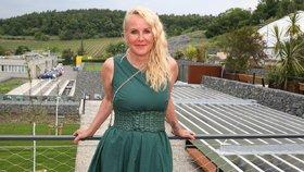 Vendula Pizingerová: Ženy po čtyřicítce mě prosí o pomoc!
