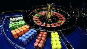 Exekutoři zabavovali majetek v kasinech. Provozovatelé dluží na daních