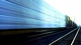 Během jediného dne skočili pod vlak na Zlínsku dva lidé