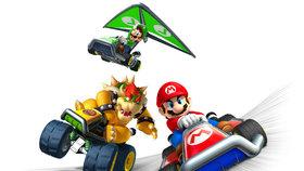 Mario Kart 7 baví závody, jízdou i zbraněmi