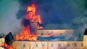 Požár slovenského hradu: Viníci budou platit do smrti?
