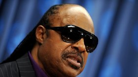 Slepý zpěvák Stevie Wonder musí na transplantaci ledvin! Fanoušci mají strach