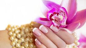 Jedovaté gelové nehty: Mohou vám zničit ruce!