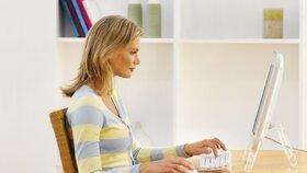 Správné držení těla vás zbaví únavy i bolesti břicha