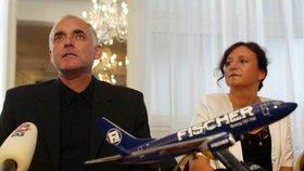 Fischer útočí na Česko. Bývalý král dovolených chce za letadla tři miliardy