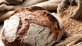 Upečte si křupavý domácí chleba