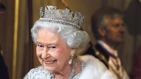 Nikdy není pozdě! Královna Alžběta II. učinila v 93 letech obdivuhodný krok