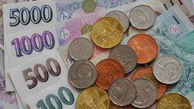 Velké srovnání platů: Kolik dostanete v Česku »na ruku«? Slováci nám závidí!