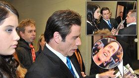 Božský Travolta se kochal svými fotkami: To jsem ale fešák!