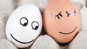 7 tipů, jak skladovat vajíčka. Pozor, do polic ve dveřích lednice nepatří!