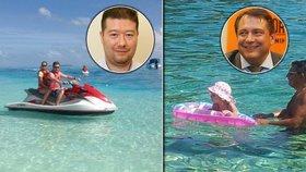 Vodní hrátky politiků: Paroubek plave s dcerkou, Okamura prohání skútr s milenkou