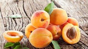 Jarní mrazy v Česku zničily až čtvrtinu ovoce. Nejvíc meruňky a broskve