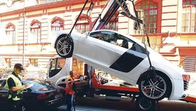 V Praze »překáží« méně aut než před desetiletím. Počet odtahů znatelně klesl