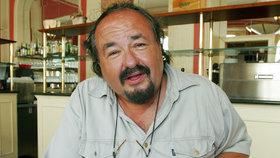 Bavič Petr Novotný (69) je v nemocnici! Zkolaboval po smrti kamaráda!