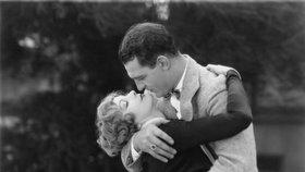 Retro tipy na rande: Jak se flirtovalo ve 30. letech?