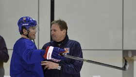 Jágr odmítl, že by novináři rozhodili kabinu: Nesouhlasí s Hadamczikem!