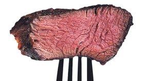 Sýry a maso škodí jako cigarety! Ve vysokém věku můžou zabíjet, tvrdí studie