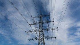 Tuzemská ostuda! Elektřina v Praze je dvakrát dražší než v Budapešti
