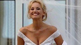 Modelka s nejdelšíma nohama Sklenaříková: Svatba s boháčem!
