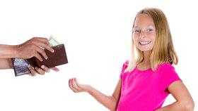 Kapesné: Kolik peněz děti doopravdy potřebují a kolik jim máte dávat?