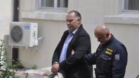 Exředitel Homolky si odsedí devět let a propadne mu majetek, rozhodl soud. Zmanipuloval dvě zakázky