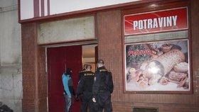 Lupič střílel při přepadení večerky ve Všebořicích! Majitel obchodu musel na operaci