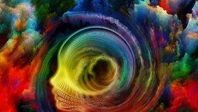 Jakou barvu má vaše aura? Naučíme vás, jak ji vidět a co lze z ní vyčíst