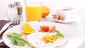 Jak dlouho pracujete, než si vyděláte na snídani? Švýcaři jen 5 minut