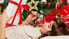 """Vánoce bez dluhů: Nenaleťte na """"výhodné"""" nabídky a raději darujte svůj čas!"""