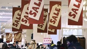 Začíná nákupní ráj: Obchody startují povánoční výprodeje, slevy až 80 procent
