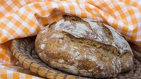 Upečte si domácí chléb. Jak na to a super recept od Maškrtnice