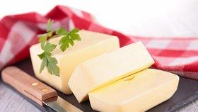 Kvalitní máslo je poklad! Poradíme, jak ho vybrat, skladovat a přepustit