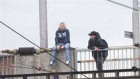 Muž na Karlovarsku chtěl ukončit svůj život: S ničím podobným jsem se ještě nesetkal, popsal kritické chvíle policista František