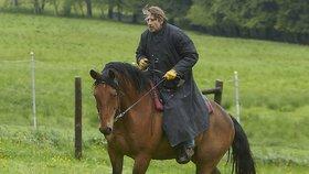 Policie Modrava s koňákem Vydrou roznesla konkurenci na kopytech: Viděly ji 2 miliony diváků