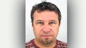 Po Pavlovi uneseném v Libyi pátrá Interpol: Diplomaté jsou připraveni vyjednávat