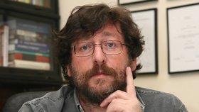 Sexuolog Petr Weiss: Češi a Češky jsou přeborníci v nevěrách