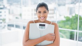 Zítra začínáme hubnout: Jaká je vaše ideální váha? Zjistěte si to a držte si ji!