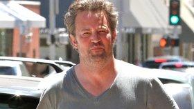 Sexy idol je pryč: Chandler z Přátel ztloustl a zešedivěl