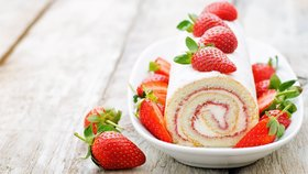 Božsky nadýchané piškotové rolády: S ovocem i s čokoládou