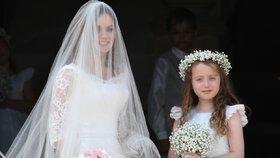 Pohádková svatba Geri Halliwell: K oltáři ji vedla dcera. Tchán s tchyní nepřišli