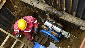 Kauza kontaminace vody v Dejvicích pokračuje: Zastavení trestního stíhání je zrušené
