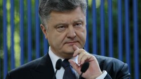 Ukrajinský prezident zapomněl ukrajinsky: Z míry ho vyvedl dotaz na oligarchy