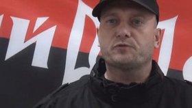 Intriky a pomluvy u radikálů na Ukrajině. Pravý sektor přišel o svého vůdce