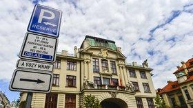 Praze nemá kdo připravit metropolitní plán. 13 z 15 expertů dalo výpověď