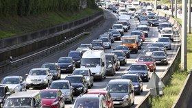 Němcům začaly prázdniny, dálnice jsou plné. Policie přesto zmínila překvapení