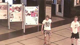 Otec surovce, který ubil bezdomovce: Syna poznal na videu a udal ho policii