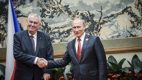 """""""Naprostí idioti."""" Zeman před Rusy zaútočil na ty, co ho mají za Putinova agenta"""