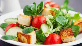Přírodní bílkoviny, které vám chybí v jídelníčku. Konopná semínka i mořské řasy