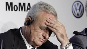 Volkswagen může na skandál s emisemi dojet, přiznal jeden z šéfů