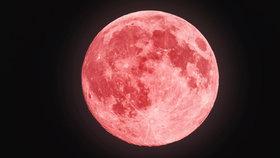 Mystická podívaná na svatého Václava: Superúplněk, zatmění a krvavý Měsíc